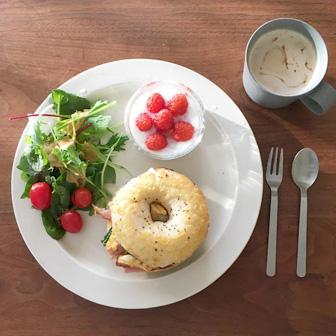 ほうれん草とベーコンのオムレツサンドウィッチ |  ベーグルレシピ 画像2