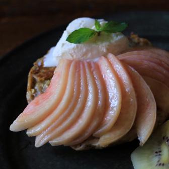 桃のせフレンチトースト |  ベーグルレシピ 画像1