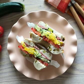 カラフルズッキーニとトマトのコンビーフサンド 画像2