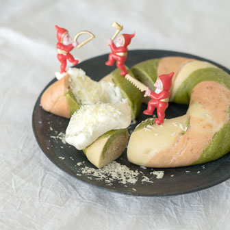 クリスマスベーグル ホワイトチョコディップ添え |  ベーグルレシピ 画像3