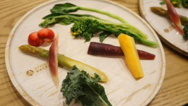 4月12日(木)野菜ソムリエCanacoさんと春野菜を学ぼう!ベーグルドッグづくり