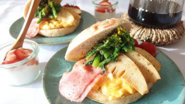 タケノコと菜の花のベーグルサンドウィッチ