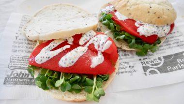 焼きパプリカマリネの夏サンドウィッチ