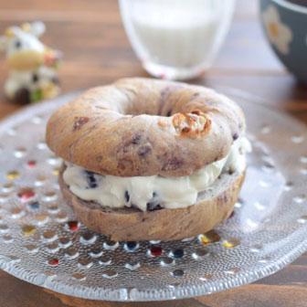 ブルーベリーとヨーグルトの美人サンド  |  ベーグルレシピ 画像2